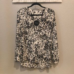 NWT button down black and white blouse